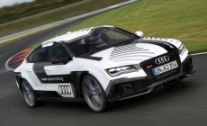 Auto Express video: Audi RS7 Piloted Driving concept