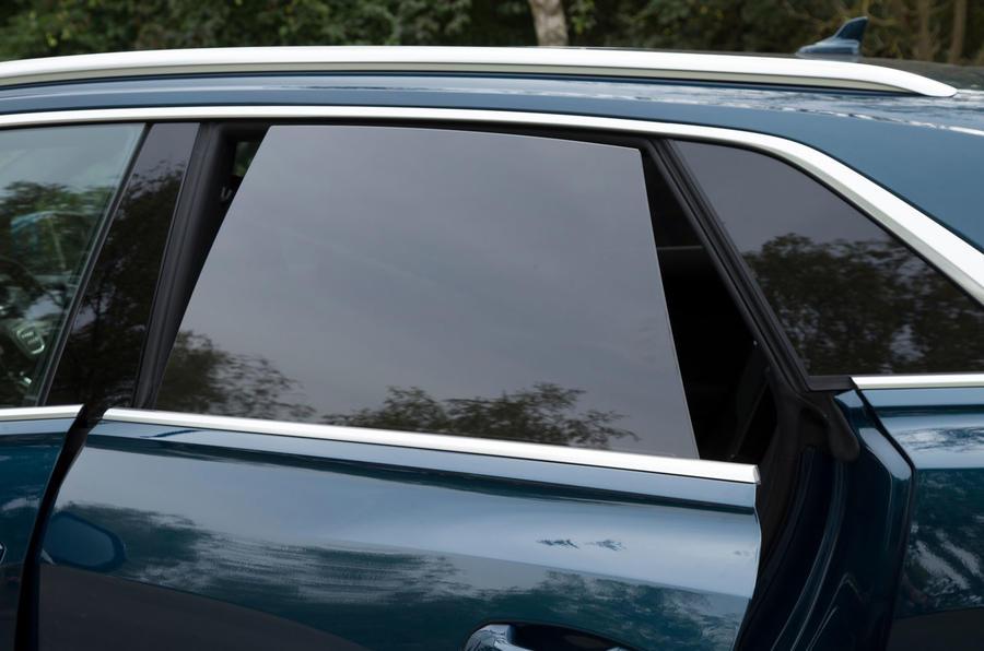 7-audi-q8-2018-rt-doors